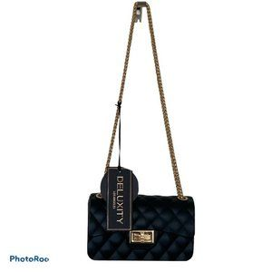 Deluxity Black Classic Quilted Mini Crossbody Bag